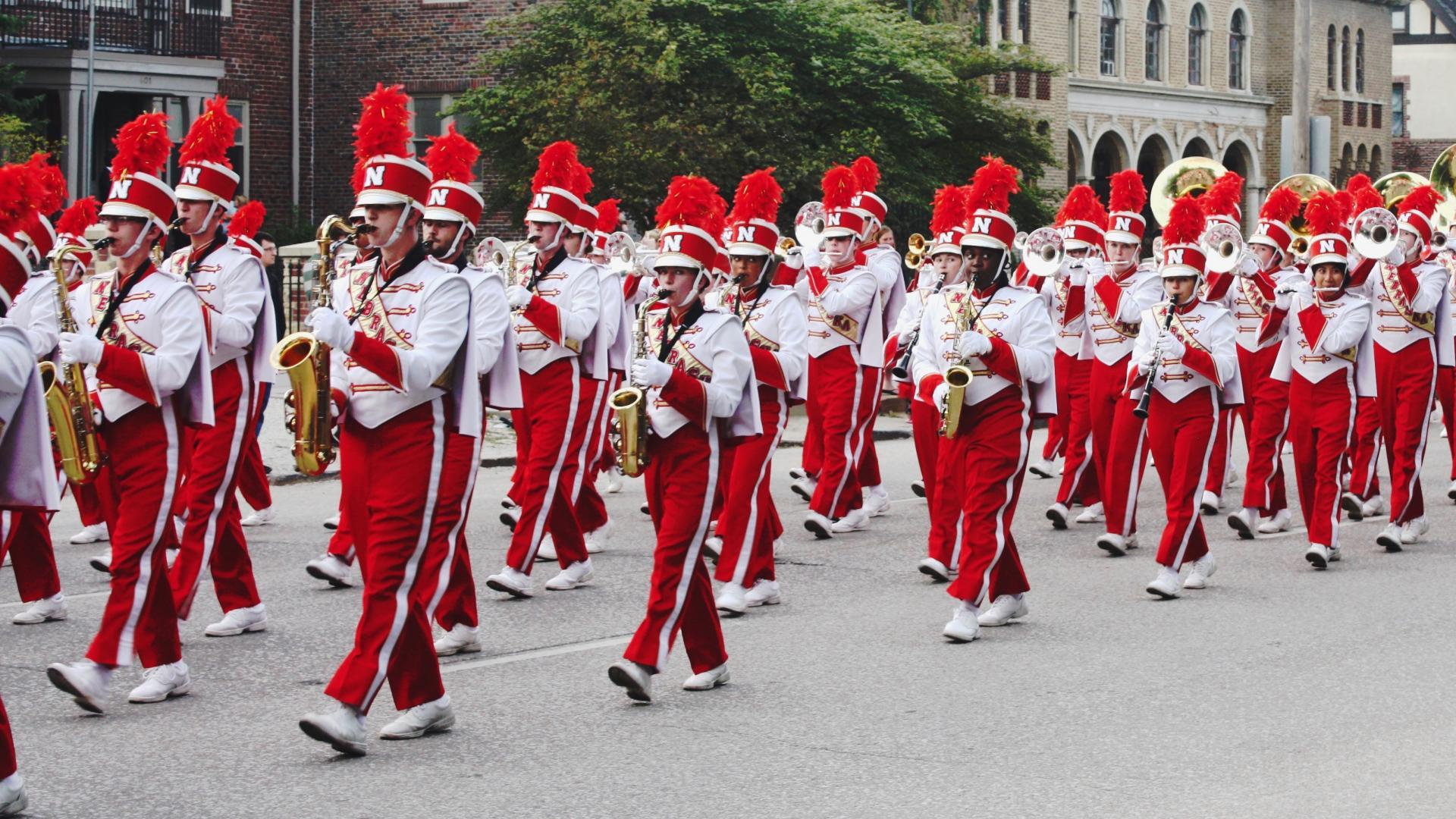 Marching band in Nebraska Homecoming parade